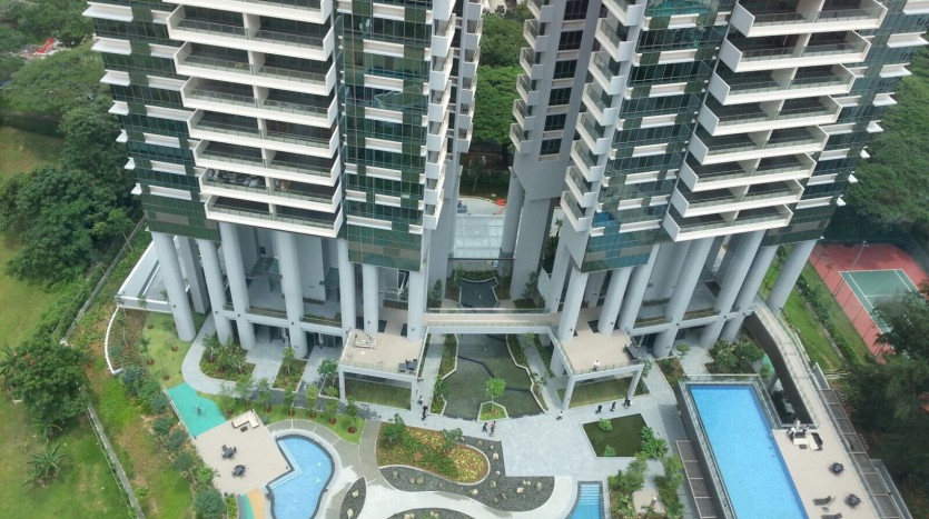 Skyline Residences at Telok Blangah Pool